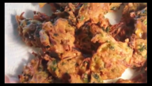Crispy Onion Fritters / Onion Pakoras