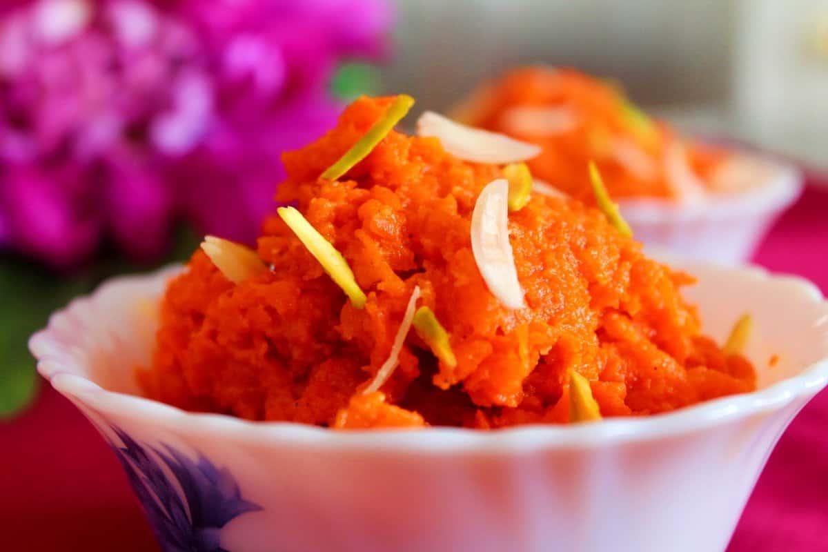 Carrot Halwa / Gajar Ka Halwa – Instant Pot, Stove Top