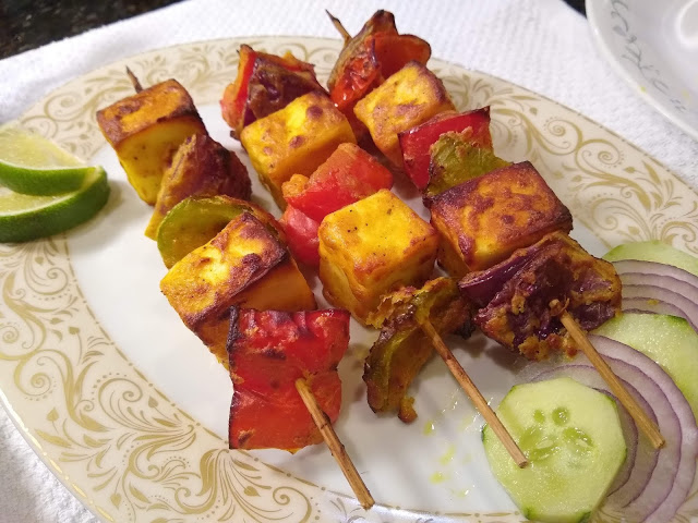Paneer Tikka/ Indian Cottage Cheese Bites
